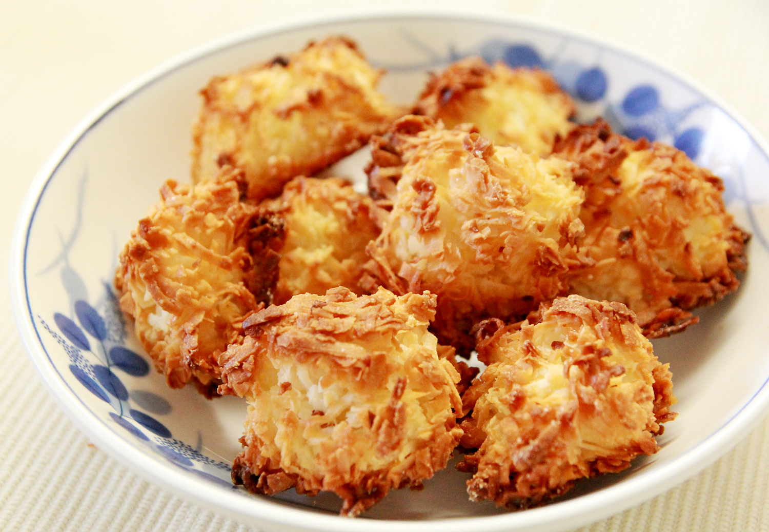 Post image for Coconut Macaroons