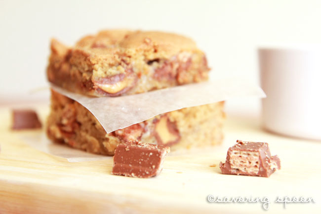 reeses kitkat cookiebar parchment paper underneath
