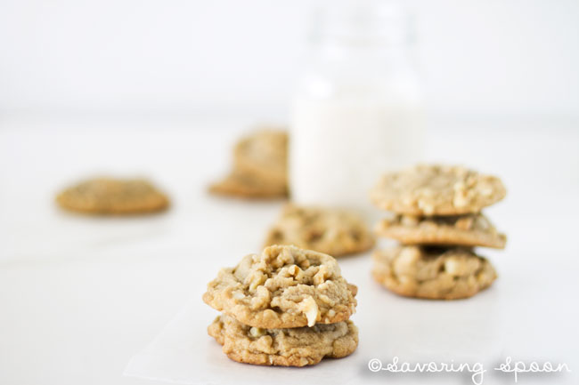 macadamia walnut cookies